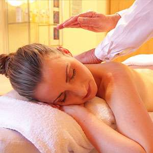 massage and knee arthritis symptoms
