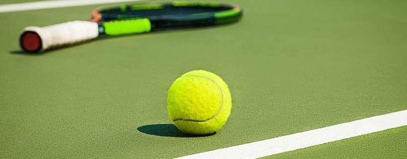 tennis makes knee joint degeneration worse